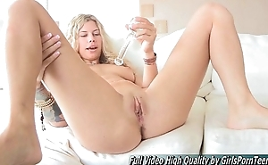 Lila sexy blonde tits toys anal