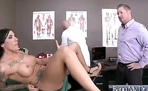 Hard Sex Tape With Dirty Doctor And Slut Patient (austin lynn) clip-05