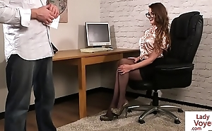 CFNM spex voyeur giving british instructions