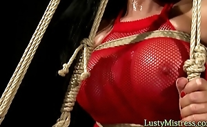 Babe in bdsm gets her pussy played